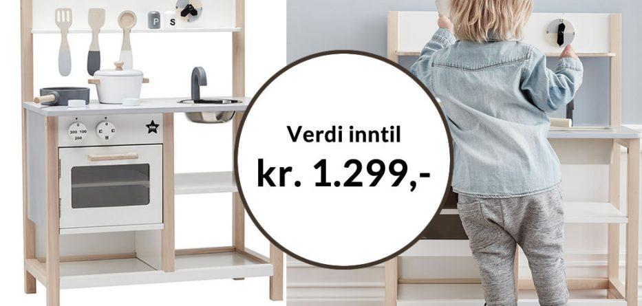 Få Lekekjøkken natur grå pluss en valgfri bok for kun kr 249,-